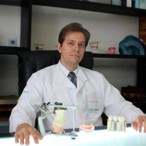 Dr. Grimaldo Bicalho